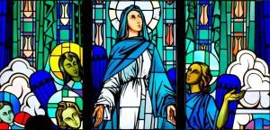 Visage de Marie levé vers le ciel
