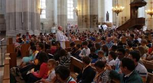 servants-de-messe_cathedrale_mgr
